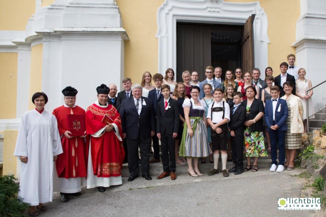 Spendung der Firmung am 15. Juni 2019 in der Bergkirche